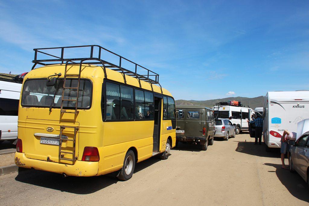Bus Warteschlange Bajkalsee