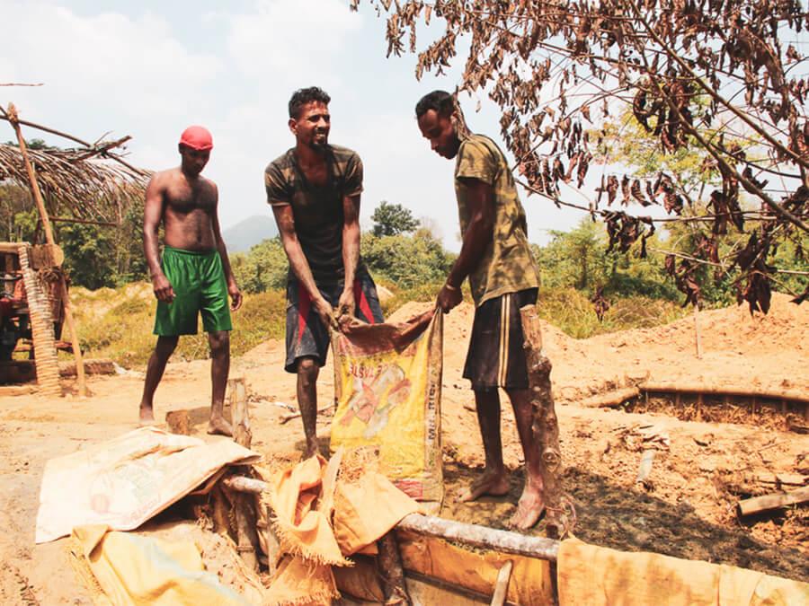 Reisebericht Sri Lanka, Diamantengräber